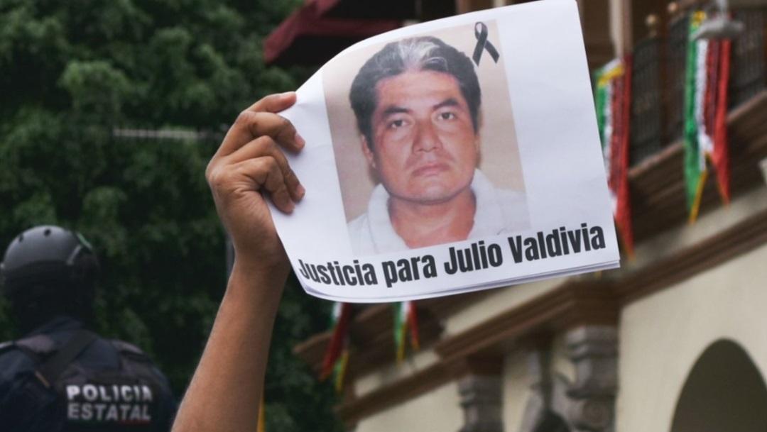 Protestan en Veracruz por el asesinato de Julio Valdivia