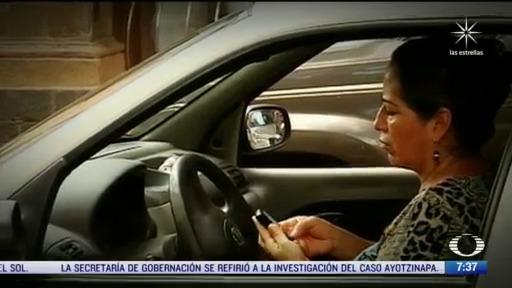 senado prohibe usar celular en carreteras de todo el pais