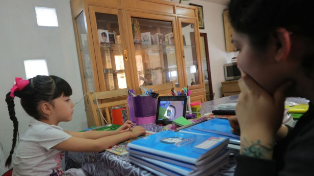 Aprendizaje a distancia: SEP lanza portal y sistema de asesoría