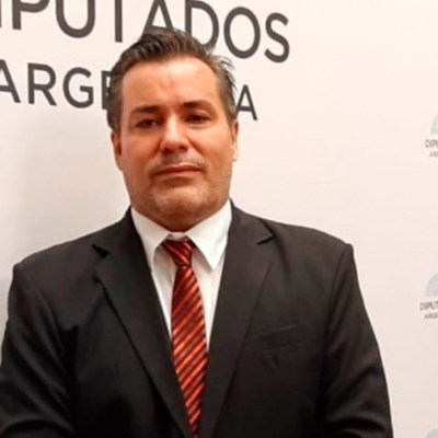 Suspenden a diputado argentino por escena sexual en plena sesión virtual