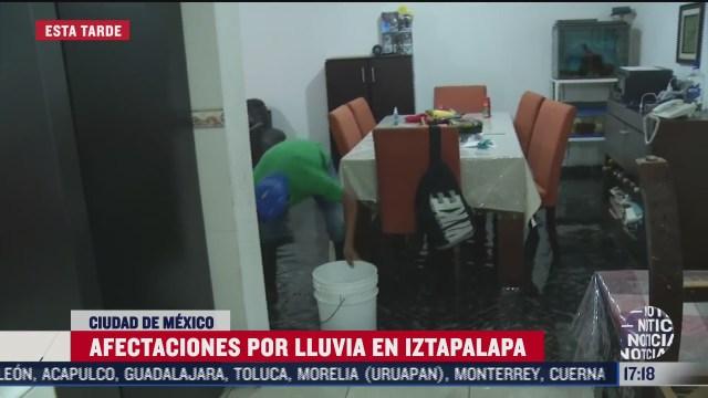 vecinos de iztapalapa reportan afectaciones por lluvias