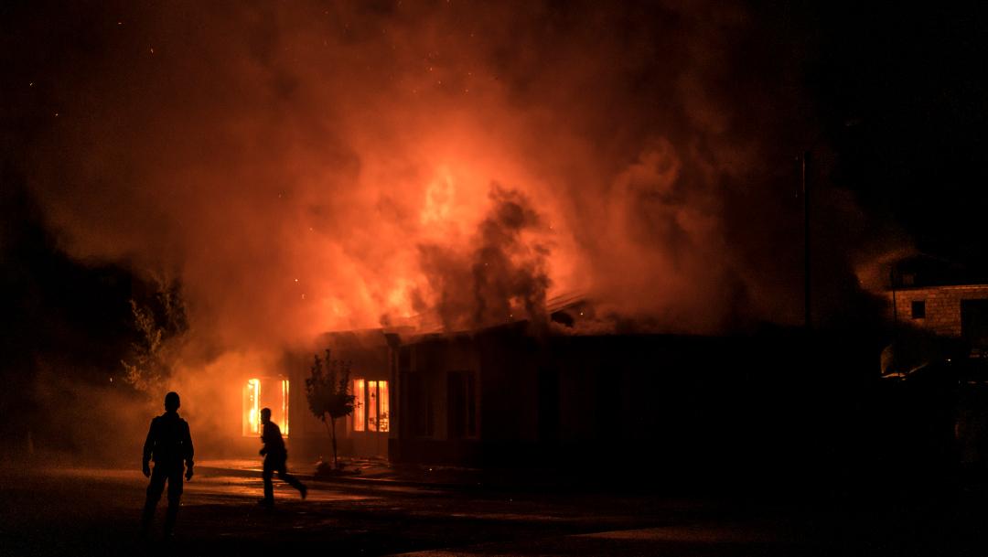 Azerbaiyán juró vengar la muerte de 13 civiles en un bombardeo nocturno
