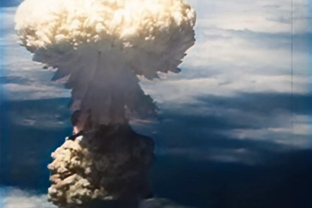 Recuperan video a color de los bombardeos de Hiroshima y Nagasaki-posdata-digital-press