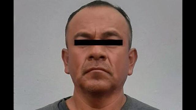 Dueño de autolavado está acusado del delito de pornografía de personas menores de edad; drogaba a menores para grabarlos en actos sexuales