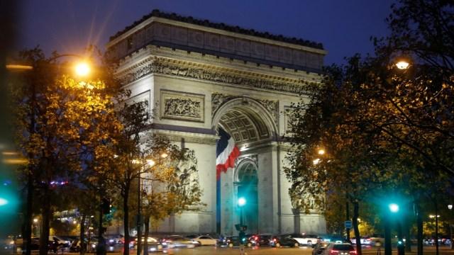 El Arco del Triunfo en París