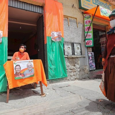 Tensión y suspenso se vive en Bolivia a una semana de las elecciones presidenciales