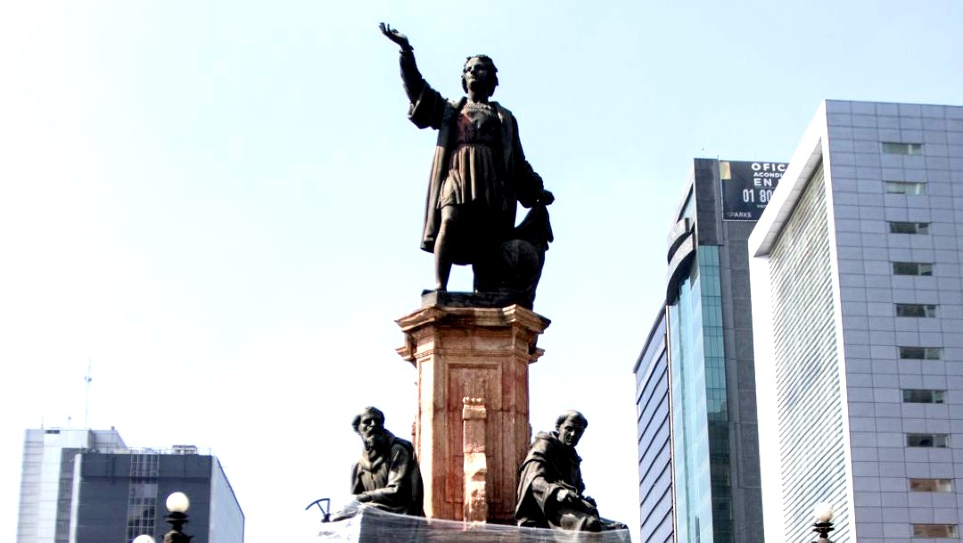INAH resguarda estatua de Cristobal Colón retirada de Reforma