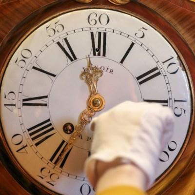 Europa atrasa relojes una hora el domingo por horario invierno