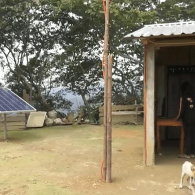 Gobierno de Guerrero entrega paneles solares a comunidades sin luz eléctrica