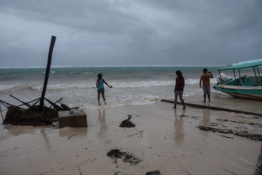 Huracán Zeta toca tierra en Quintana Roo – Noticieros Televisa