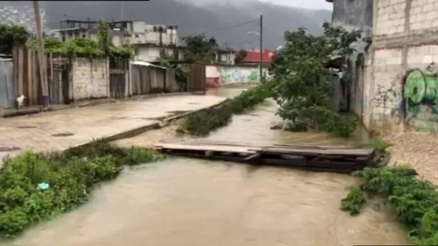 """Las lluvias provocadas por el paso de la tormenta tropical """"Gamma"""" dejaron afectaciones en 600 familias de 29 municipios de Chiapas"""
