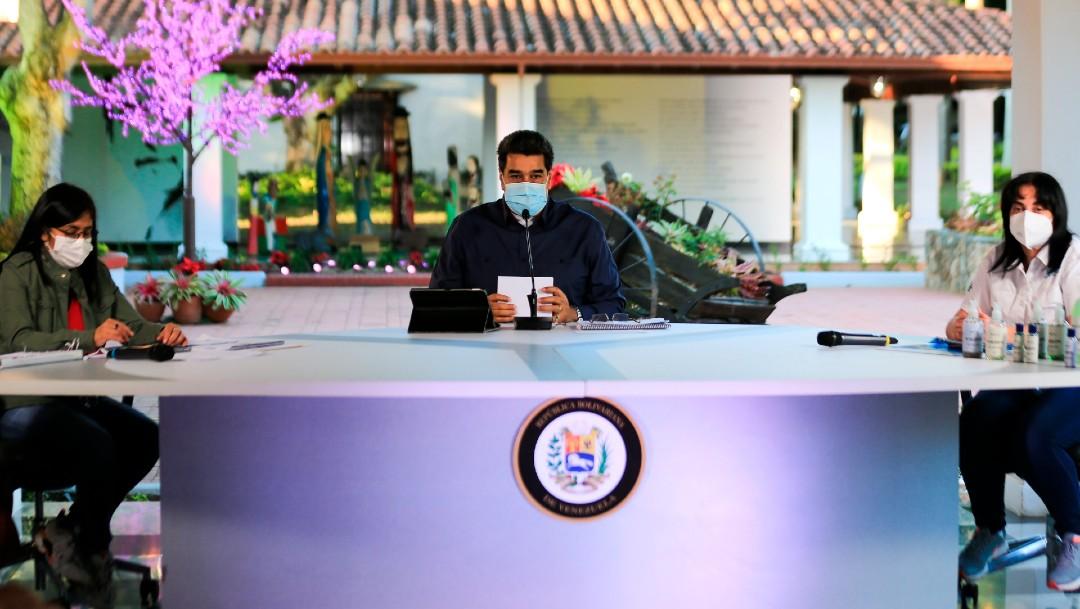 Maduro anuncia que aplicará vacunas contra coronavirus desarrolladas por Rusia y China
