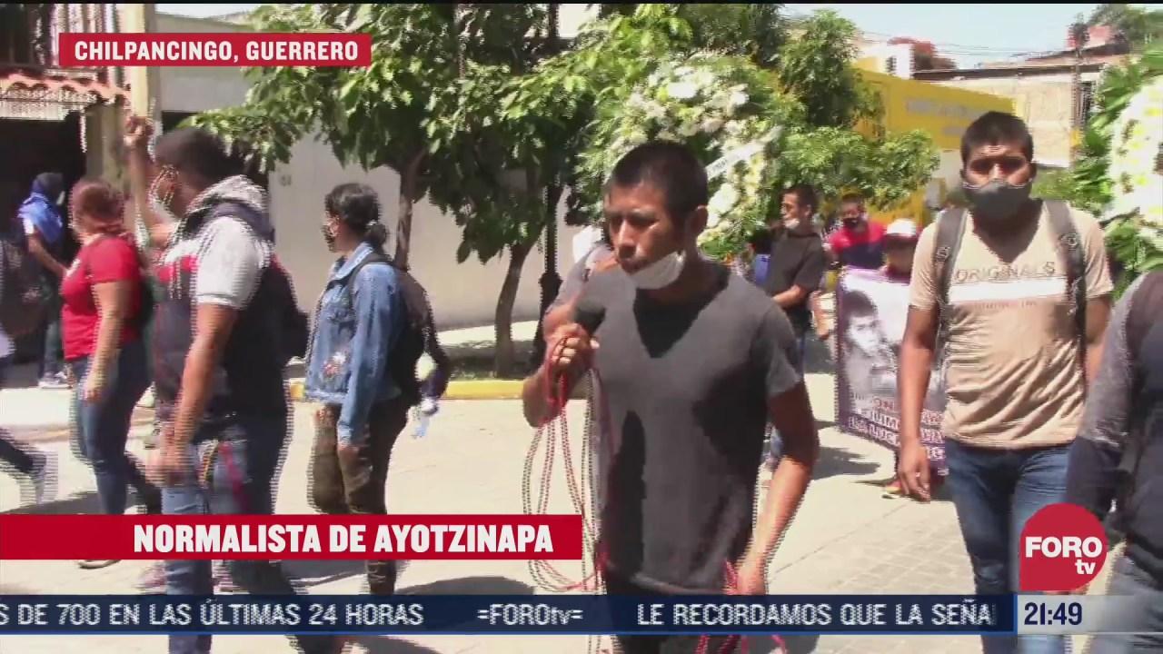 marchan en chilpancingo por los 43 de ayotzinapa