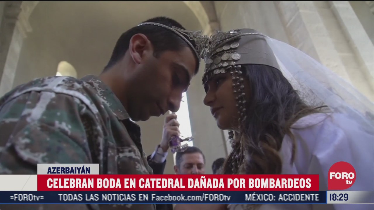 pareja se casa en catedral de nagorno karabaj