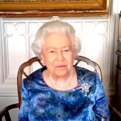 Reina Isabel II valora fuentes periodísticas 'fiables' ante la pandemia del coronavirus