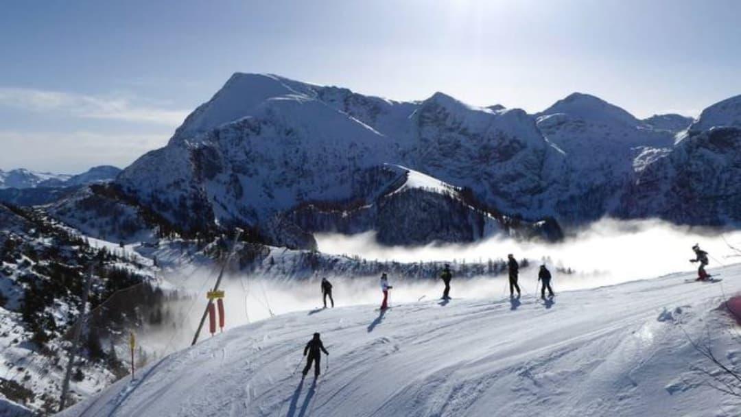 Angela Merkel busca consenso europeo para cerrar estaciones de esquí