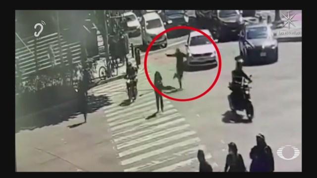 delincuente dispara tras asaltar a cuentahabiente de plaza en patriotismo
