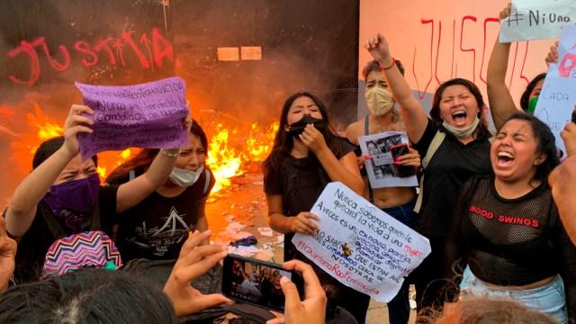 Director de Policía de Cancún ordenó disparar al aire en protesta feminista; será dado de baja: Gobernador