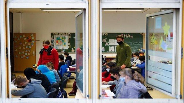 El confinamiento causó regresión en el aprendizaje de niños ingleses