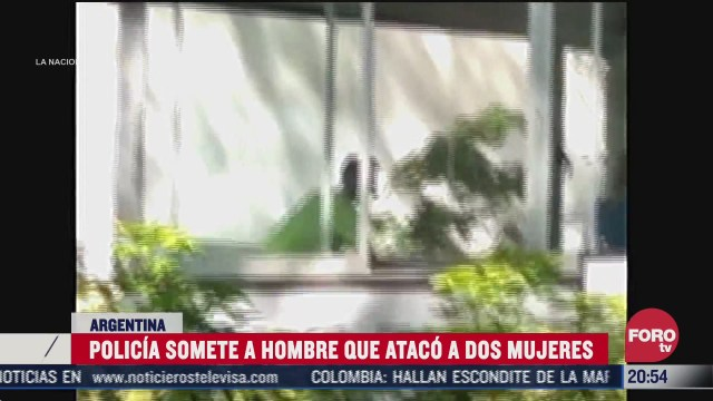 hombre ataca a dos mujeres en una escuela de danza en argentina