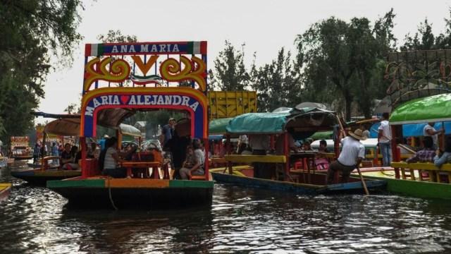 Incumplen Ley Seca en embarcadero de Nativitas, en Xochimilco
