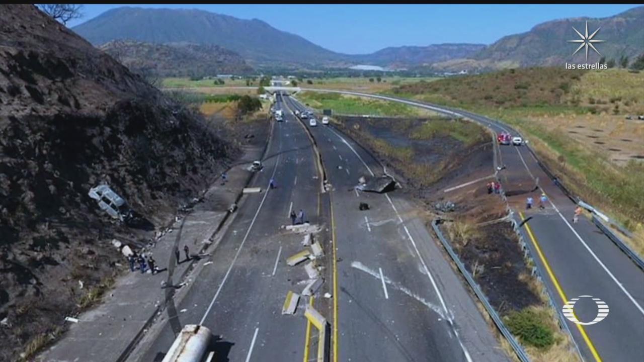 suman 14 muertos por accidente e incendio de pipa en nayarit