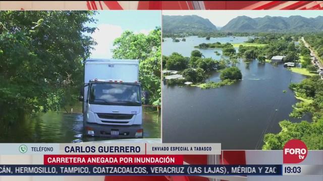 Tras casi un mes, varias comunidades en Tabasco continúan inundadas