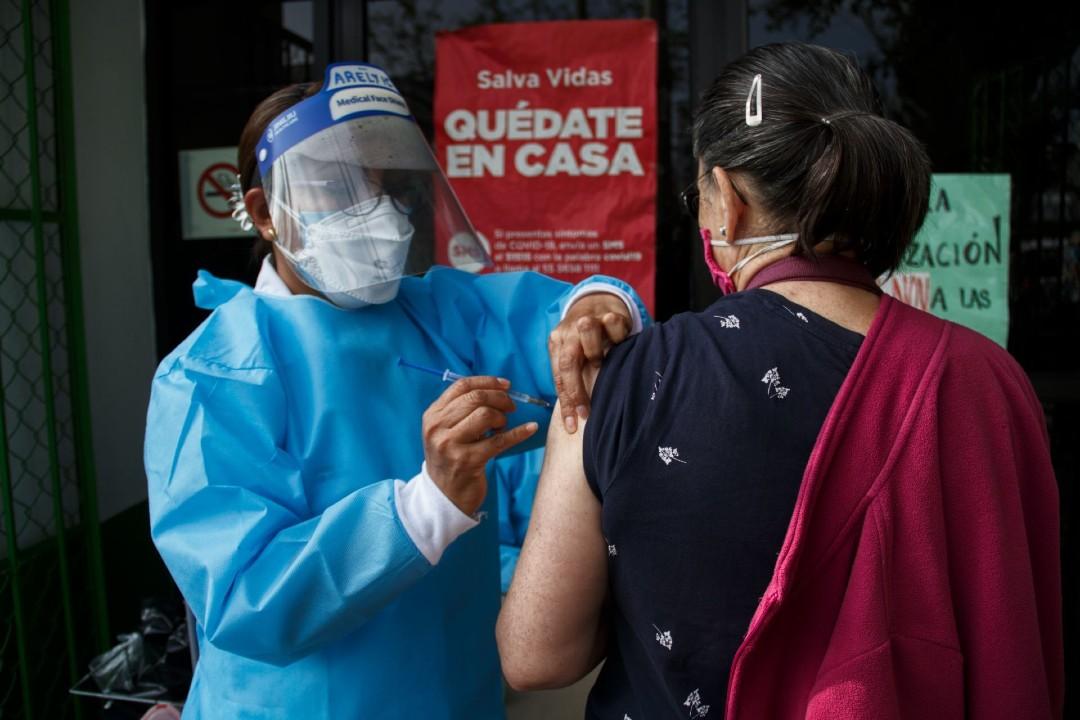 IMSS-prevé-cobertura-total-de-vacuna-contra-influenza