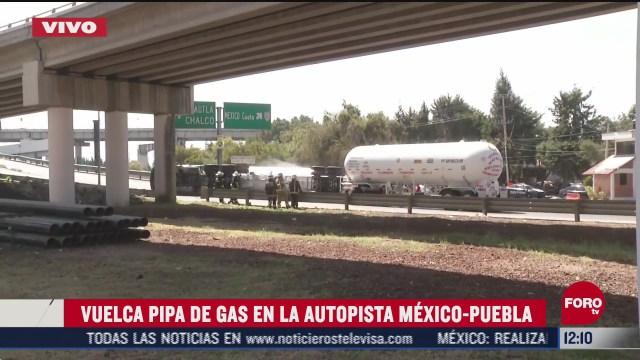 vuelca pipa de gas en la autopista mexico puebla