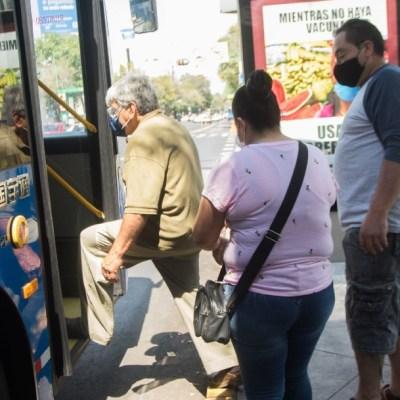 Personas en el transporte público CDMX