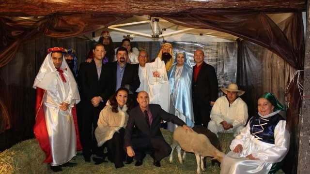Policías instalan nacimiento viviente en Ciudad Juárez