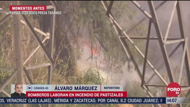 bomberos controlan incendio en pastizales de la presa tarango