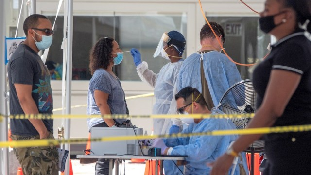 Florida informa de un nuevo caso de la cepa británica del coronavirus en EEUU