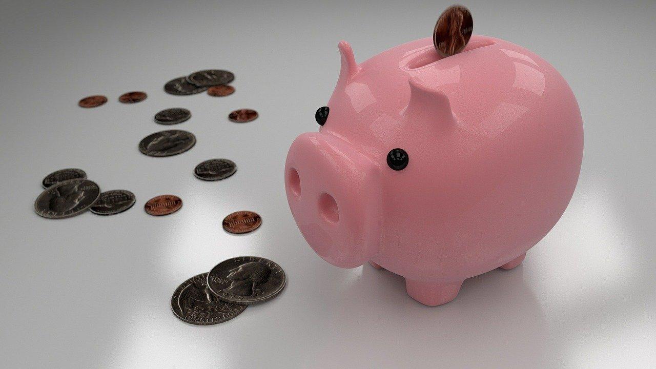 Cómo ahorrar dinero en casa rápido y sencillo