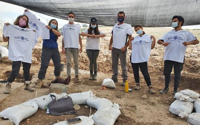 Estudiantes Voluntarios Excavación Israel Foto