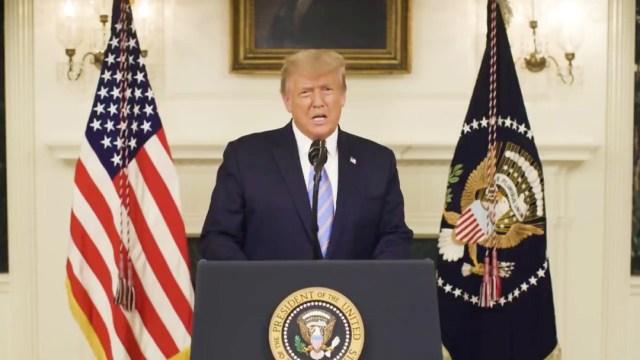 Donald-Trump-advierte-Ustedes-no-representan-al-país-y-lo-pagarán