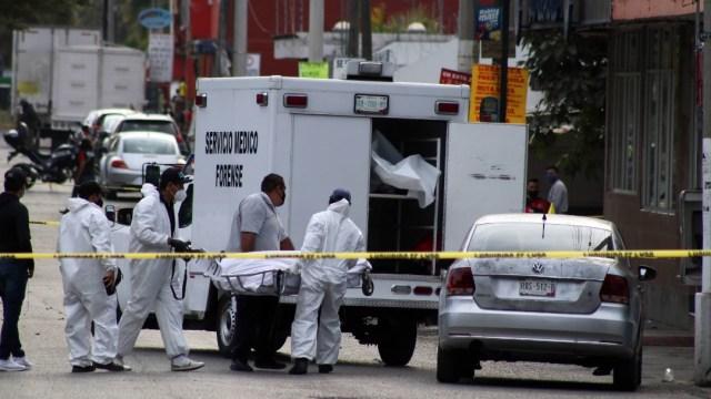 Un hombre fue asesinado cuando esperaba dentro de su auto en calles del estado de Morelos