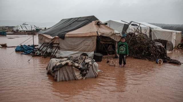 Inundaciones en Siria afectan a miles de refugiados