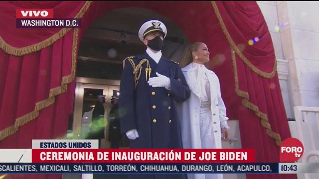 libertad y justicia para todos pide en espanol jennifer lopez en ceremonia de biden