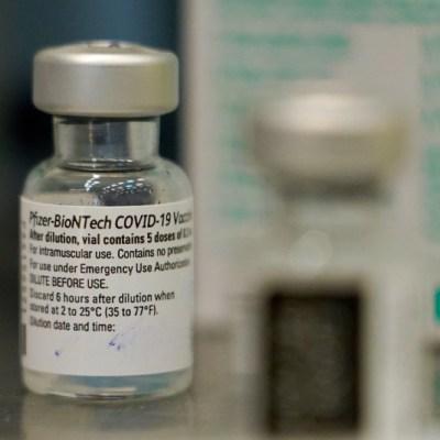 Llega a México nuevo cargamento de vacunas COVID-19 de Pfizer; serán para CDMX y Coahuila