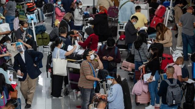 OMS estudia la posibilidad de uso de 'pasaportes de vacunación' contra la COVID-19