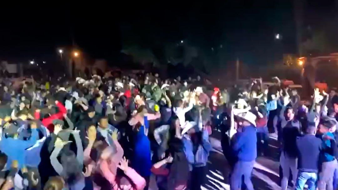Arman 'gran bailazo' en Sonora pese a semáforo naranja
