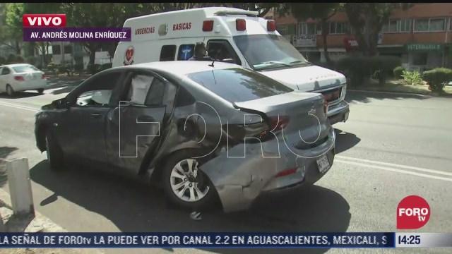 camioneta de bomberos choca contra automovil en cdmx