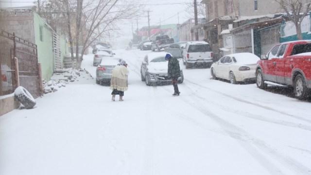 Frío y nevadas dejan al menos seis muertos en Nuevo León y Tamaulipas