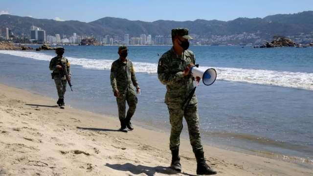 Guerrero implementa operativos en playas para evitar aglomeraciones