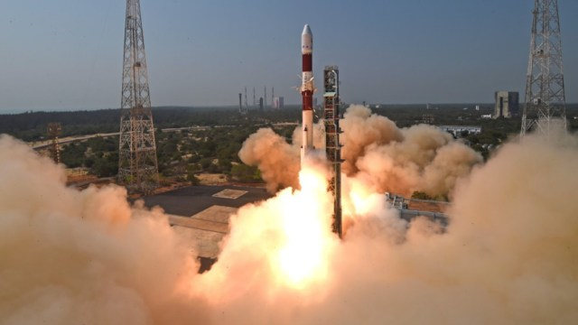 El lanzamiento se realizó con un PSLVC51 en Andhra Pradesh, informó la Organización de Investigación Espacial de la India (ISRO)