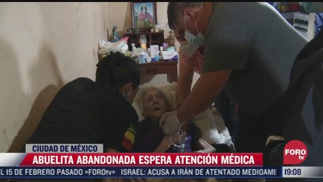 abuelita abandonada es trasladada al hospital por posible covid