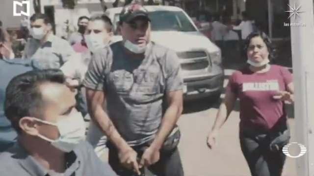 Cancelación de vacunación provoca caos y enfrentamientos en Santa Lucía del Camino, Oaxaca