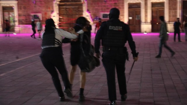Derechos Humanos de Aguascalientes investiga detenciones arbitrarias de mujeres el 8M