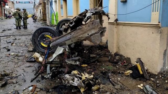 Explosión de coche bomba en Colombia deja al menos 16 heridos